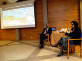 Dr Shainool Jiwa discusses her publications at a book launch in Lisbon. Photo Credit: José Caria.