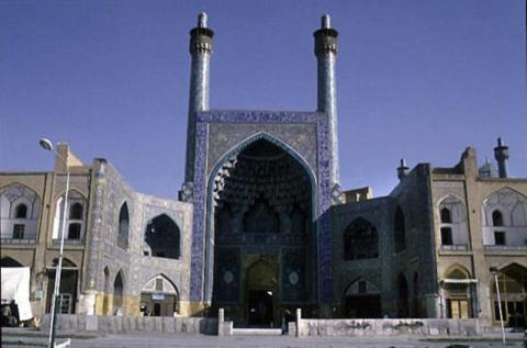 The Shah mosque was built as the space for public worship in Shah Abbas' new urban plan for Isfahan, but was not completed until the reign of his successor, Safi I. The south (qibla) iwan is flanked by eight-domed winter prayer halls, which continue to courtyards lined by arcades that function as madrasas.
