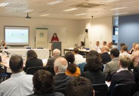 ИИИ выступает соучредителем конференции Фатимиды и Омейяды