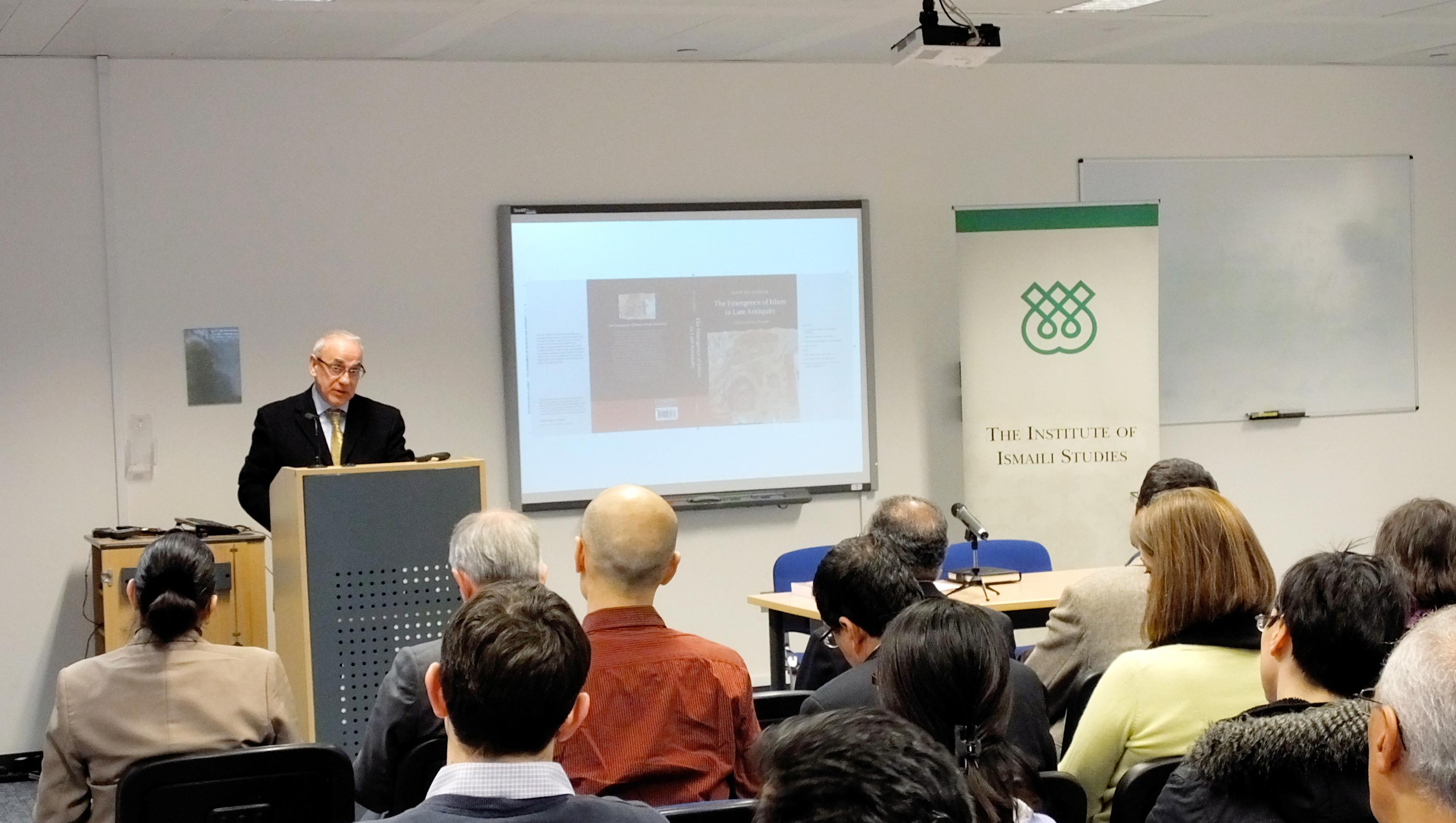 Professor Al-Azmeh giving his lecture at the IIS, 2014.